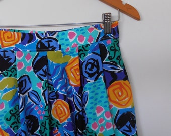crayon roses...vintage fabric tulip shaped high waist skirt with side seam pockets