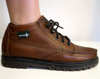 Size 8: Brown Leather Eastland