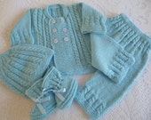 HAND KNITTED Newborn Boy  Ensemble. Baby  Boy Vegan  Suit.  Coming Home Outfit. Baby Shower Set. 0 to 3 Months Antiallergic Yarn