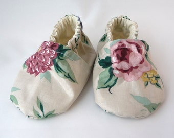 cloth baby shoes,fabric shoes,handmade baby shoes,baby shoes, soft sole shoes, baby accessories, baby gift idea, baby shower gift,cute shoes