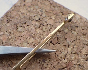 Solid 14k Gold and Diamond Pin/Brooch.