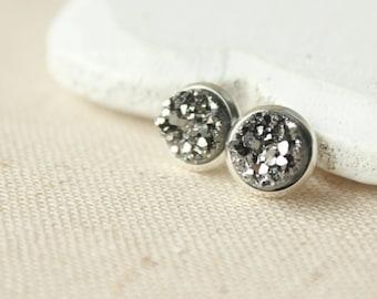 Tiny Druzy STUD Earrings or CLIP 8mm or 12mm Druzy earring, Dark grey druzy studs faux plug gunmetal druzy posts fake druzy plug E136