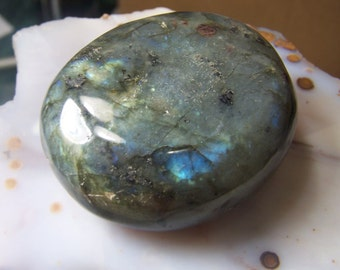Large Labradorite stone specimen - polished tumbled - blue gold fire - one - lapidary supplies large cabochon free form wire wrap supply ae8