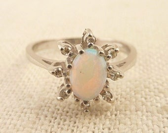 Size 6.5 Vintage 10K White Gold Opal and Diamond Ring