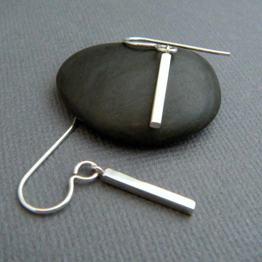 petite silver bar earrings simple small silver earrings tiny