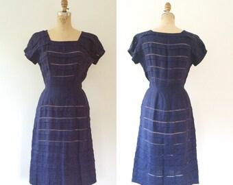 1950s dress / vintage linen dress / Navy Saugatuck dress