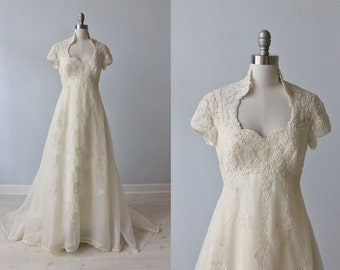 1970s Wedding Dresses / Vintage 70s Wedding Gown / Boho / Lace and Chiffon / High Neck