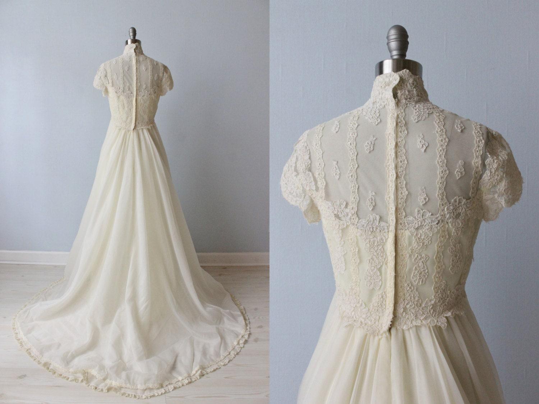 1970s Wedding Dresses / Vintage 70s Wedding Gown / Boho / Lace