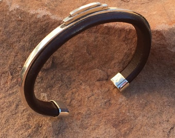 C38 The Manhattan Cuff Sterling Silver Inlayed Into Top Grade Leather Southwestern Native Style Unisex Comfort Cuff