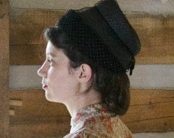 Vintage Hat Black Straw & Velvet with Net 1940s