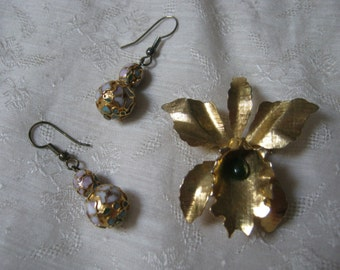 Vintage goldtone orchid/iris pin brooch, iris or orchid pin with cloisonne' bead earrings, Asian inspired delicate flower jewelry set