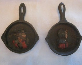 Pair Of John Wright Cast Iron Miniature Skillet Ashtrays Amish People
