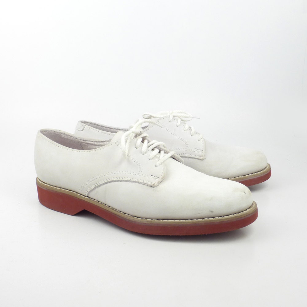 how to clean white nubuck shoes