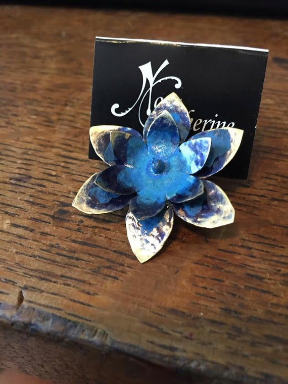 Patina lotus pin - lapel pin - hat pint - tie tack pin - bronze - copper