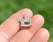 5 Silver Tone Sewing Machine Charms SC3447