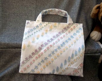 Book Lunch N Small Gift Tote Bag, Diagonal Flower Stripes Print