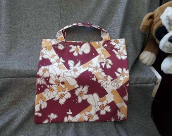 Book Lunch N Small Gift Tote Bag, Flowers on Red Lattice Print
