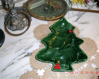 Vintage Lefton Green Christmas Tree Candy Nut Dish Red 3D Holly Berries Japan Cottage Charm, Vintage Farmhouse, Prairie Style Home