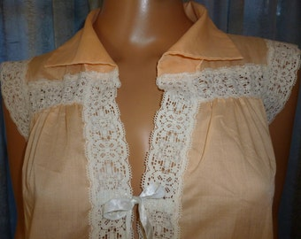 Vintage 60's or 70's -  Juli - Peach - Keyhole - Embellished - Lace - Ribbon - Nightie - size Large - bust 47