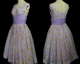 Vintage 1950s Lilac Floral Nylon Full Skirt Prom Dress Size Small - FREE SHIPPING WORLDWIDE