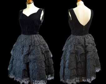 Original Vintage 1950s Black Lace and Velvet Cocktail Party Dress - Size Small - FREE SHIPPING WORLDWIDE