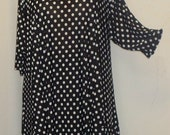 Plus Size Tunic Coco and Juan Missy Plus Size Asymmetric Tunic Top Black and White Dots Traveler Knit Size XL (fits 14,16)   Bust 46 inches