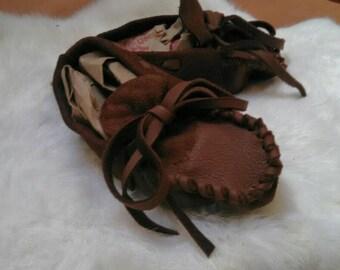Buckskin Baby Moccasins ---- Pre-made deerskin Booties (Brown in 4 sizes)