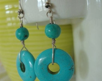 FREE SHIPPING Sterling Silver Turquoise Dangle Earrings