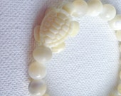 Ivory Resin Turtle & Mother of Pearl Bracelet