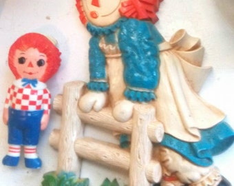 Vintage 1977 Raggedy Ann Wall Hanging & Andy Figure
