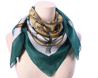 Equestrian Silk Scarf 90s Royal GREEN WHITE GOLD Equestrian Print Vintage Hand Rolled Luxury Neckwear Golden Printed Gift Urban Womens Gift