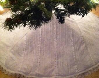 Lacey White Cotton Tree Skirt