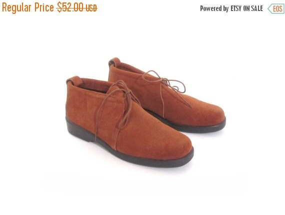 BTS SALE Vintage 80s Suede Caramel Brown Lace Up Ankle Booties 7