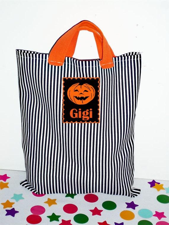 Halloween Bag, Trick or Treat Bag, Halloween Trick or Treat Bag, Tote Bag, Monogrammed Bag, Personalized halloween bag, Candy Bag