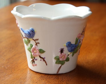 Blue Bird Plant Flower Pot Houseplant Garden Planter Flowerpot with bluebirds.