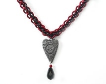Sugar skull necklace, Dia de los Muertos, Day of the Dead, Gothic, Heart necklace, Red chainmaille, Reversible necklace, Love Never Dies
