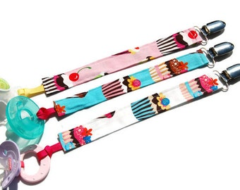 Soothie Pacifier Clip - Cupcake Pacifier Holder - Your Choice of Color - Birthday Pacifier Clip - Baby Girl Pacifier Clip