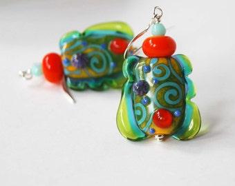 Green Abstract Earrings, Modern Lampwork Glass Earrings, Colorful Artisan, Unique Freeform Shaped Earrings, Beaded Earrings