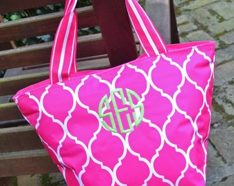 SALE - 15% OFF:  Monogrammed Insulated Lunch Bag - Pink