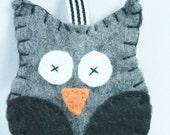 Owl Keychain, felt owl keychain, keychain, charcoal owl, woodland keychain