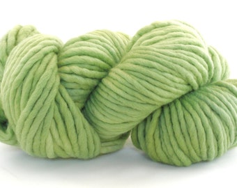 Hand Dyed Single Ply Wool - Super Bulky - Apple
