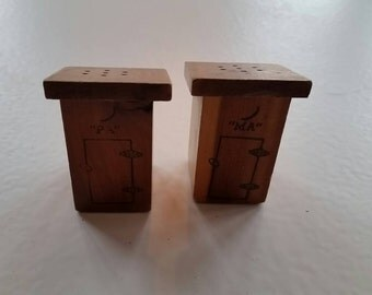 MA and PA Tourist Wooden Salt and Pepper Shakers