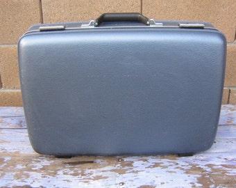 Vintage American Tourister Suitcase Hard Sided Blue Luggage, Shell Case, Hard Sided, Mid Century Luggage or Suitcase, Medium Size