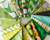 Assortment Fat Quarter bundle in Green colorway, 20 total