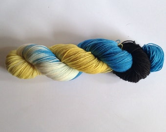 Hand Dyed Yarn - Merino / Nylon - Fingering Weight / Sock Weight Color Change - Vareigated - Minions