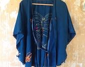 vintage. Antique 40s Silk Boho Blue Cape Blouse // Free Size