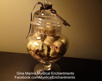 HALLOWEEN Jar Of Skulls