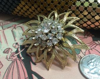 VTG Goldtone Rhinestone Flower Brooch