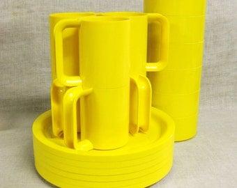 Plastic Dishes , Kasten , Peter Pan , Yellow , Dish Set , High Tech , Modern , Contemporary , Unused , Plates , Bowls , Coffee Mugs , Mugs