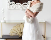 Ivory Faux Fur Skinny Mink Stole-ET1612
